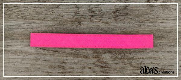 bracelet lanière rose fluo pour montre poiray ou oj perrin